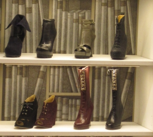 tokyo_retail_openingcer_boots